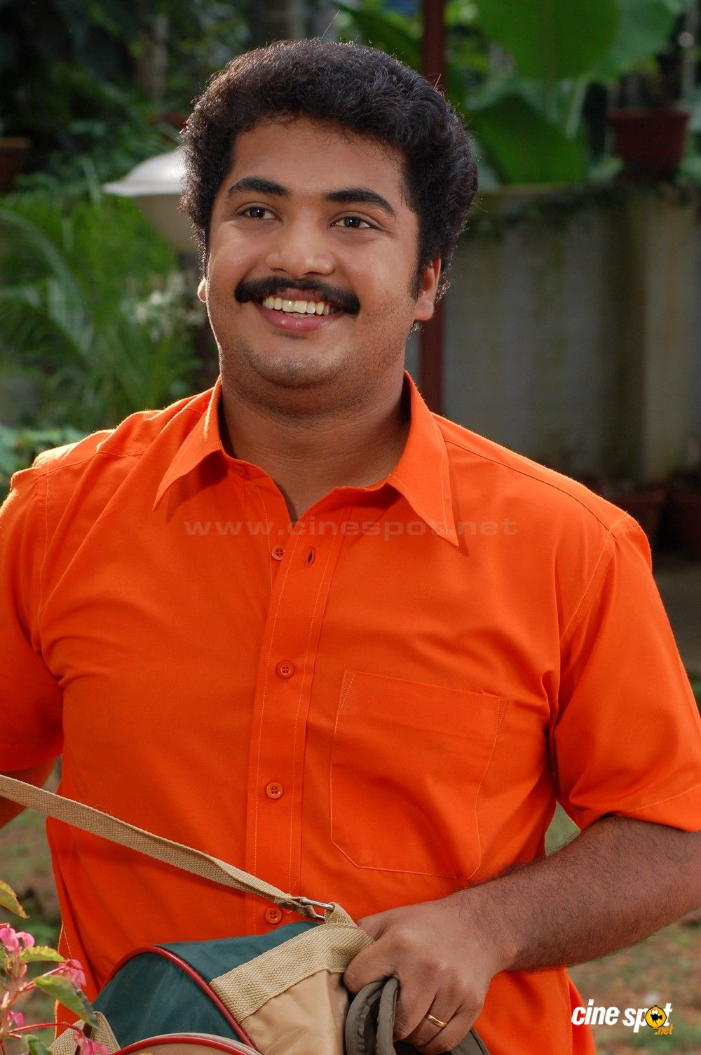 Vinu Mohan actor photos (1)