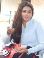 Namitha inJaganmogini on location Photos (9)